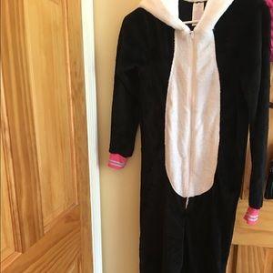 Comfy panda pajama set